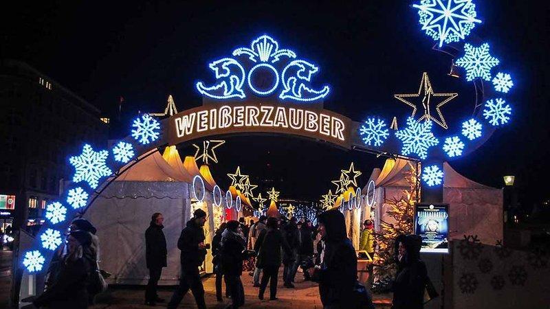 Weihnachtsmarkt Weißer Zauber