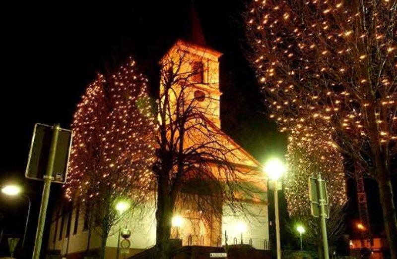 weihnachtsmarkt in weiskirchen